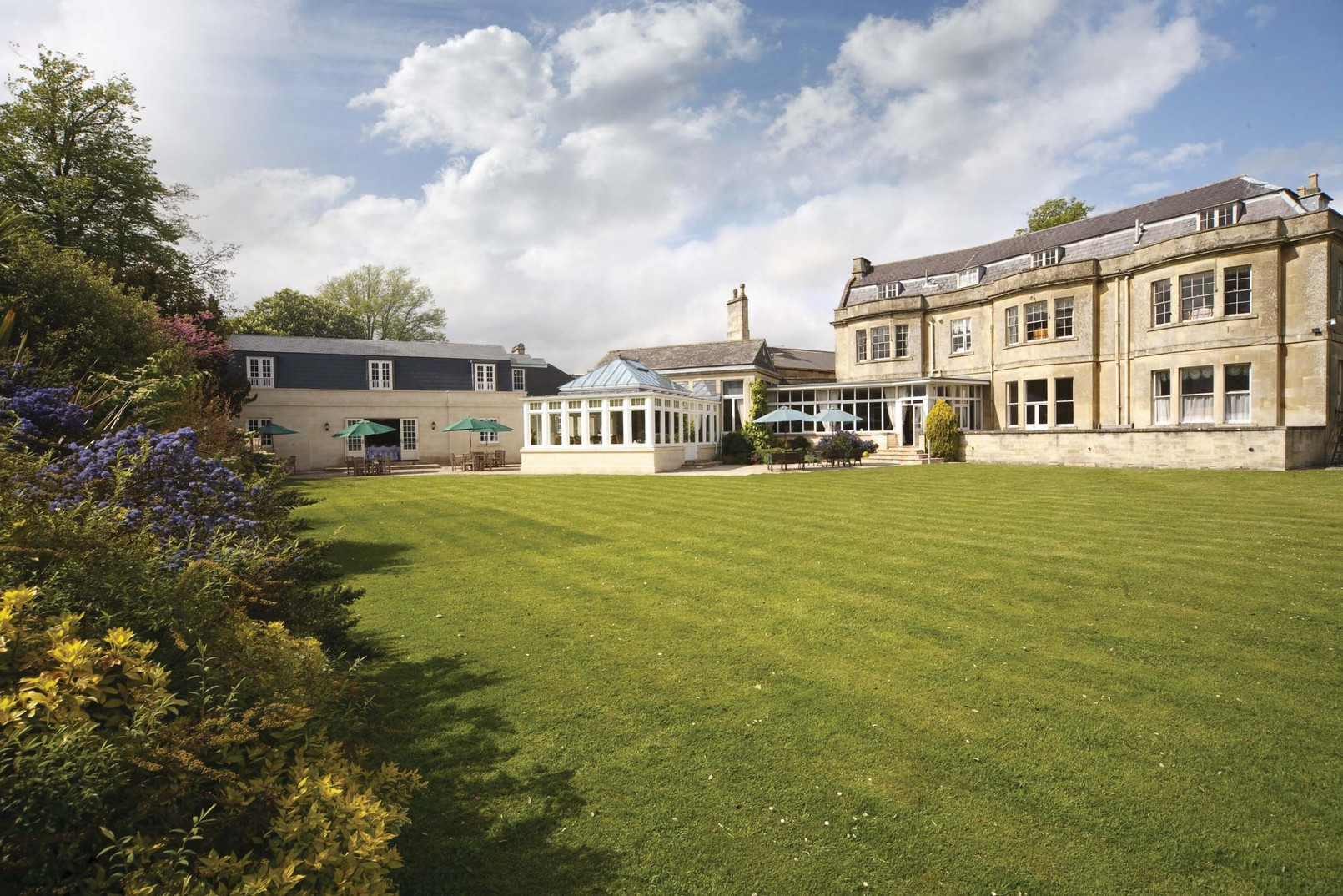 Wiltshire Murder Mystery Venues - Leigh Park Country House Hotel